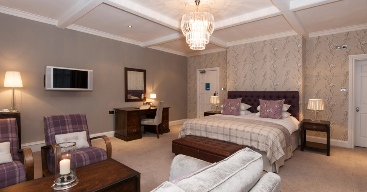 Guest room at The Manor, Elstree