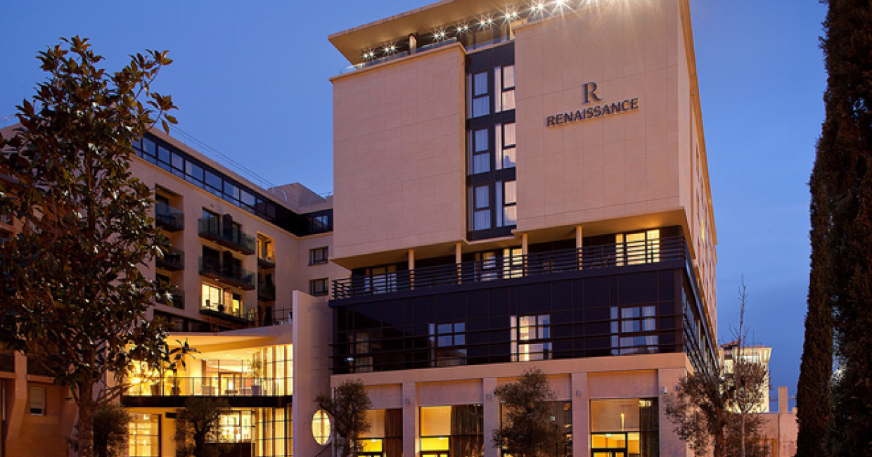 Renaissance hotels opens luxury property in provence for Hotel design provence