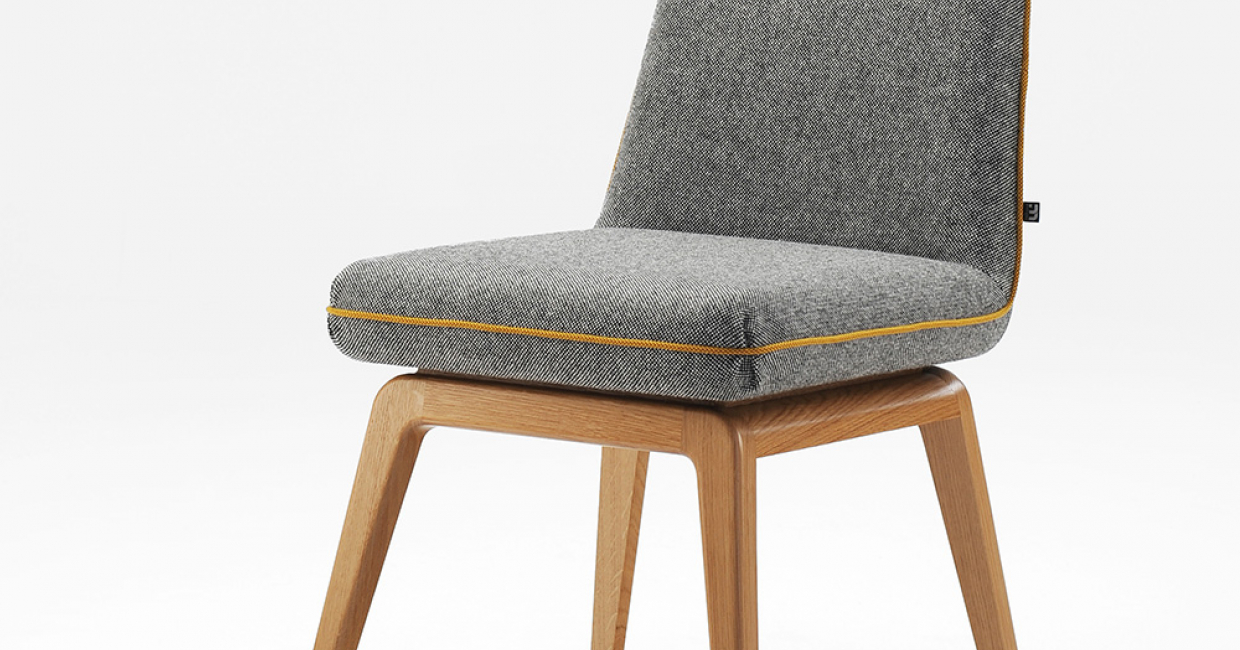 The Lucca side chair