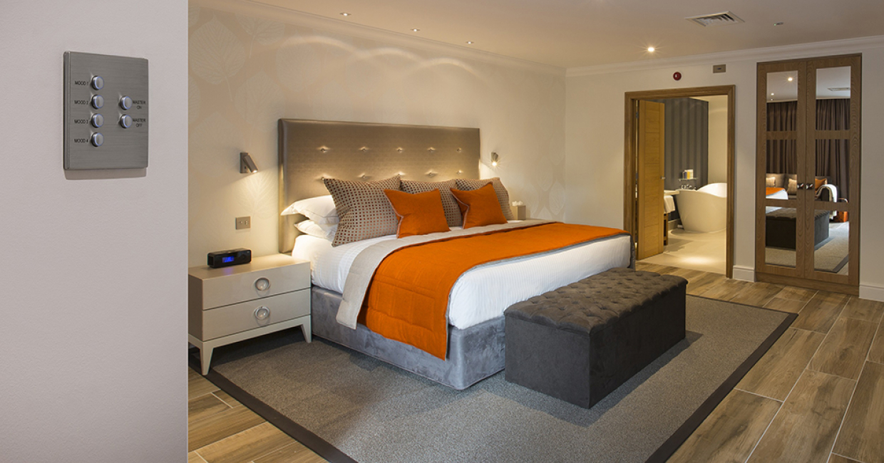 Hamilton was approached to provide a total solution for both lighting control and bespoke complementary switch plates and sockets for Alexander House's New Cedar Lodge suites.