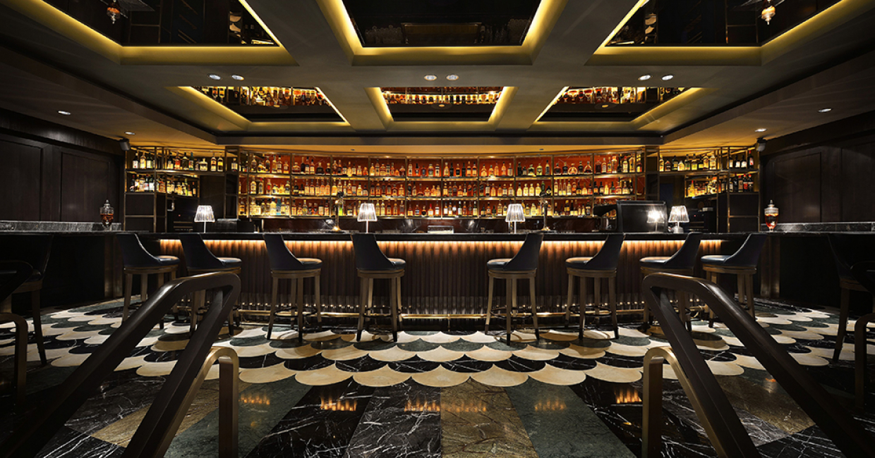 Interior Design - Bar Manhattan Bar: Regent Hotel Singapore by Distillery