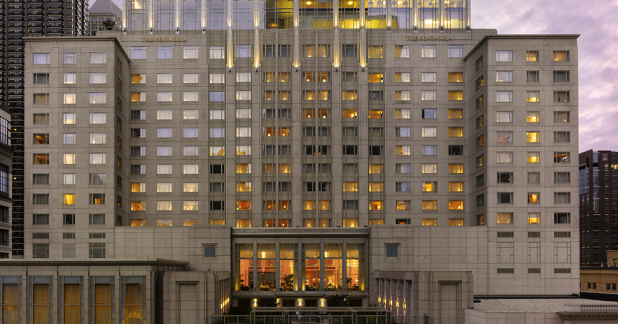 The Peninsula Chicago - Exterior Night