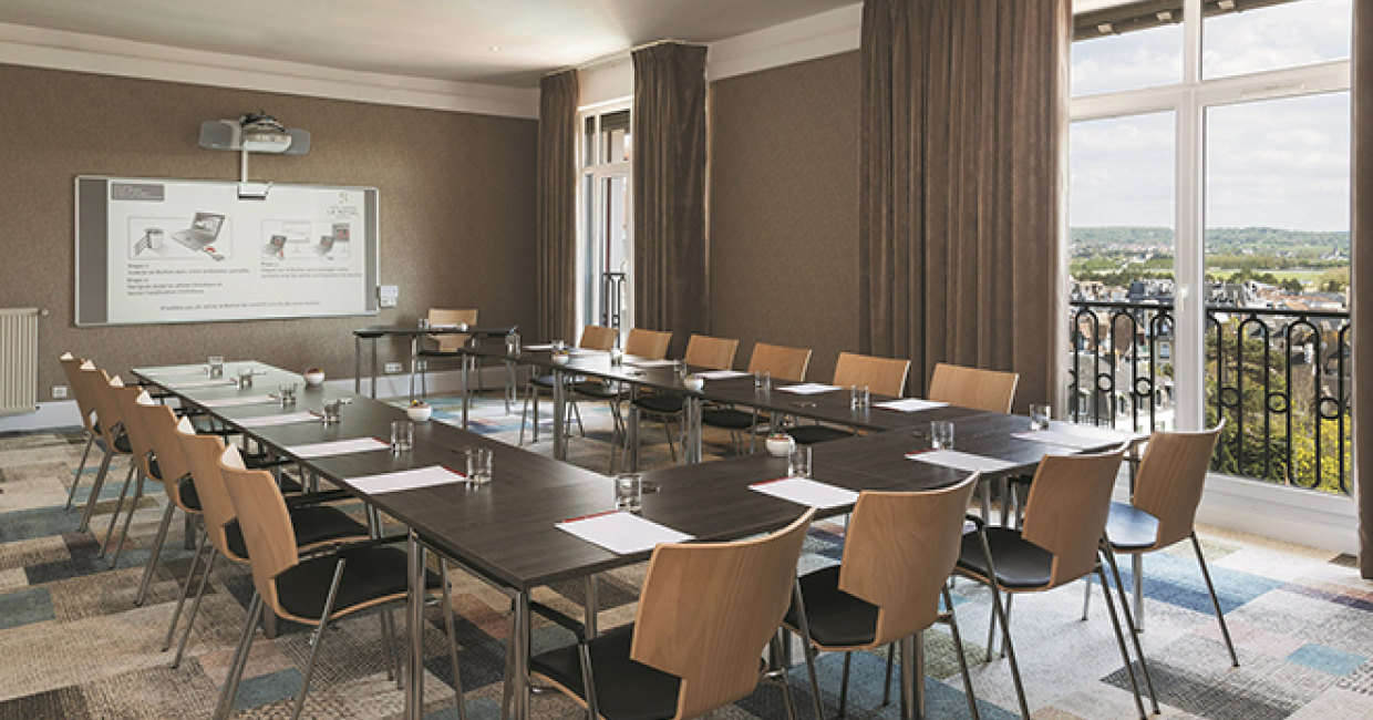 In 2013 the Barrière Group of casinos, restaurants and hotels started a major renovation and modernisation of its hotels in France, including the seminar and conference rooms