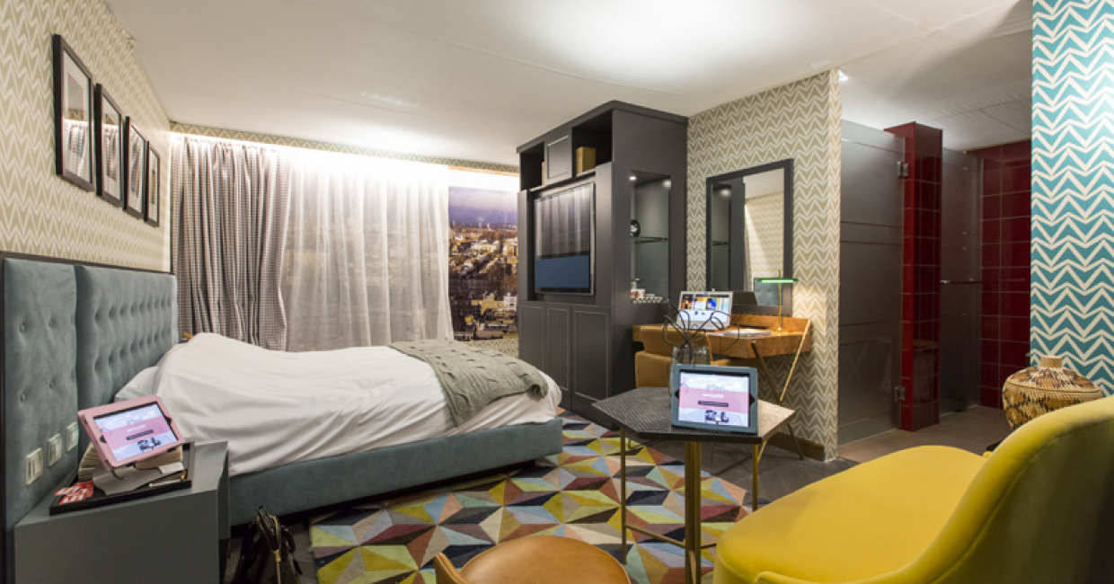 Sleep Hotel: Pretty Flamingo by Squared Interiors and Dea Contracts