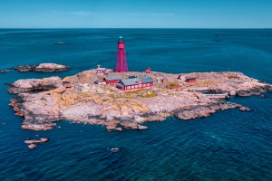Spectacular lighthouse on remote island becomes new Swedish top destination