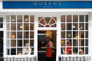"""Young Female Entrepreneurs launch their debut hospitality venture """"Queens of Mayfair"""""""