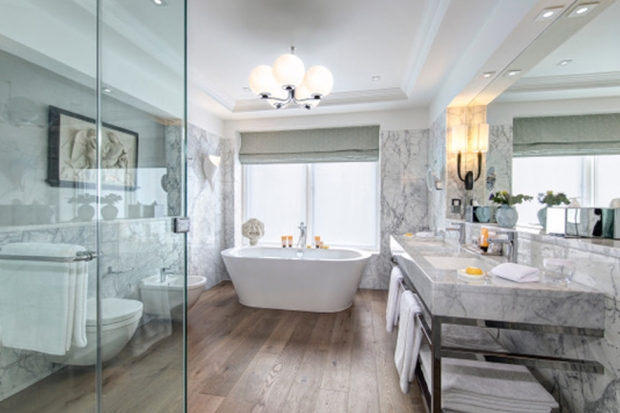 Bette freestanding bath chosen for the Glamis suite at the Balmoral Hotel, Edinburgh