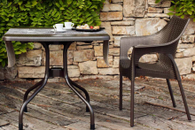 AMI Furniture's tips for an ideal outdoor dining experience