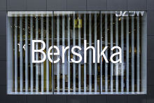 Bershka opts for Hi-Macs facade