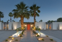 Palm Springs welcomes new boutique hotel