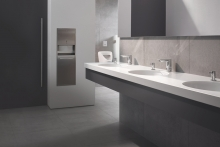 GROHE expands its range of infra-red touchless taps with the brand new Bau Cosmo E