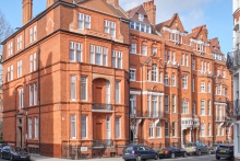 The Apartments by 11 Cadogan Gardens, London